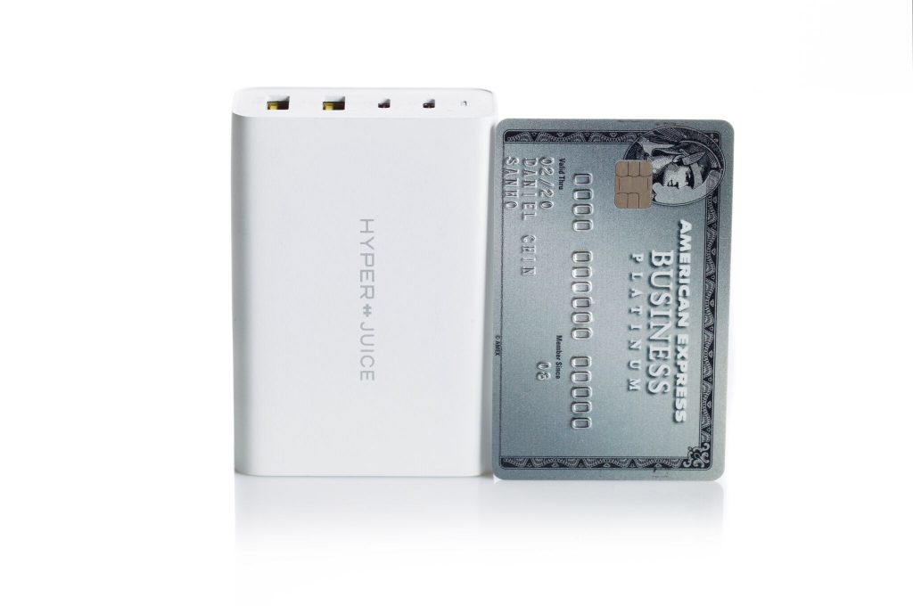 Hyper 100W GaN Charger credit card compared