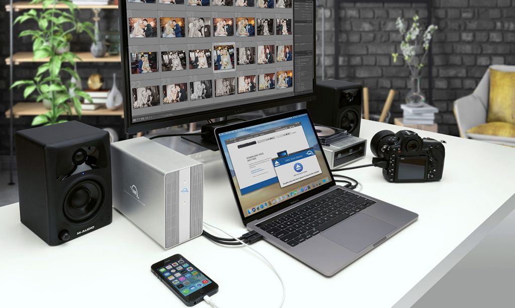 OWC Mercury Elite Pro Dual USB-C (for scale)